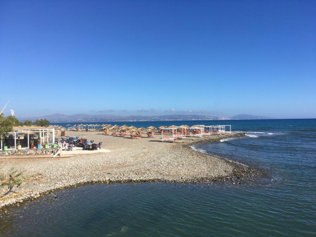 Strandleben in Agia Galini im Mai 2019